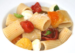 rigatoni with burst cherry tomatoes