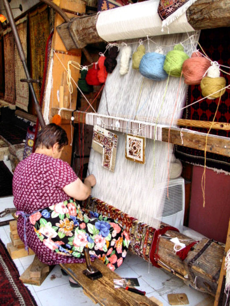Greece - Rhodes - Old Town: Weaver