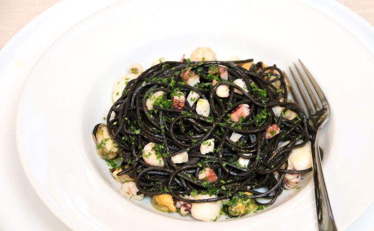 Spaghetti alla Chitarra with Cuttlefish Ink and Seafood - Seafood - IMG_6010 - 1180 - 2